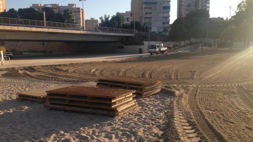 El Ayuntamiento rellena la Albufereta más de un mes después del primer temporal