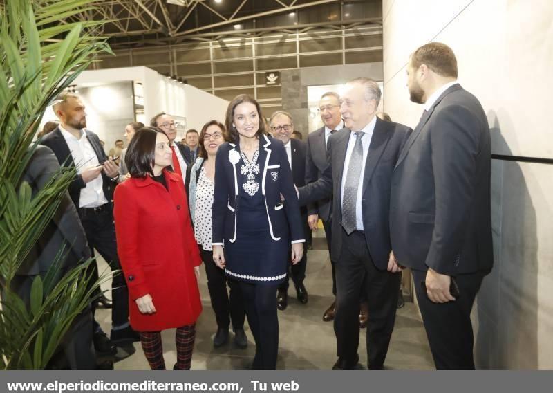 Visita de la ministra de Industria a Cevisama 2020