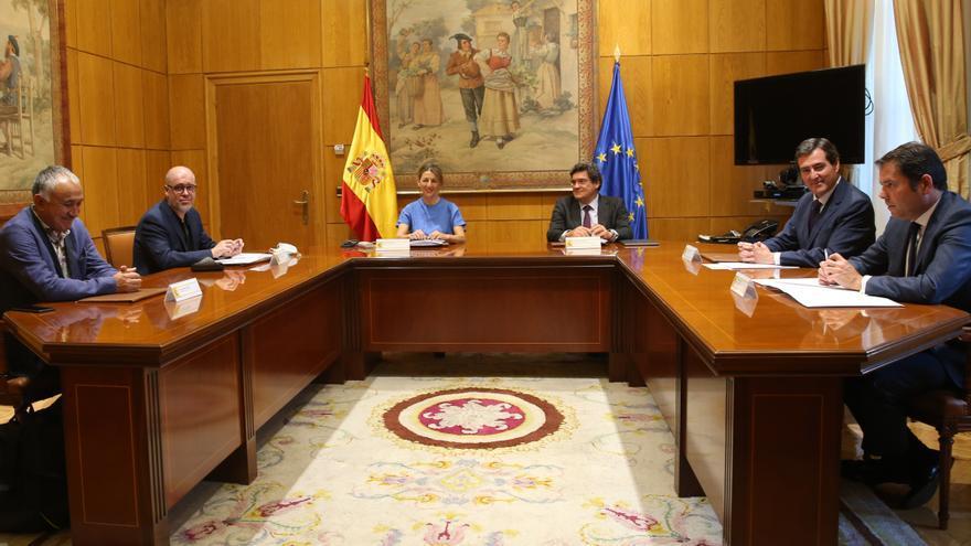 Acuerdo in extremis para prorrogar los ERTE hasta el 30 de septiembre