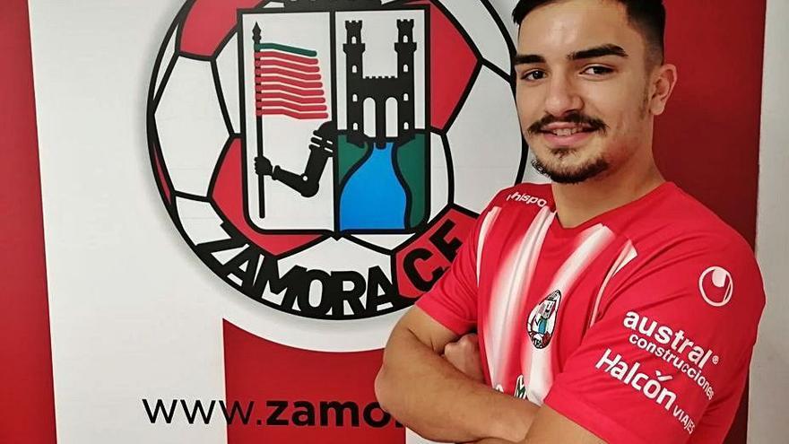 El central Rocha se une al equipo de David Movilla