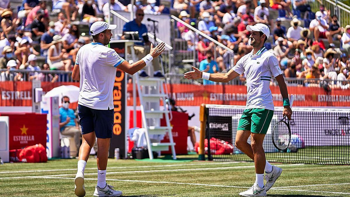 Gómez Herrera y Djokovic se clasificaron ayer para la final del torneo mallorquín. | MALLORCA CHAMPIONSHIPS