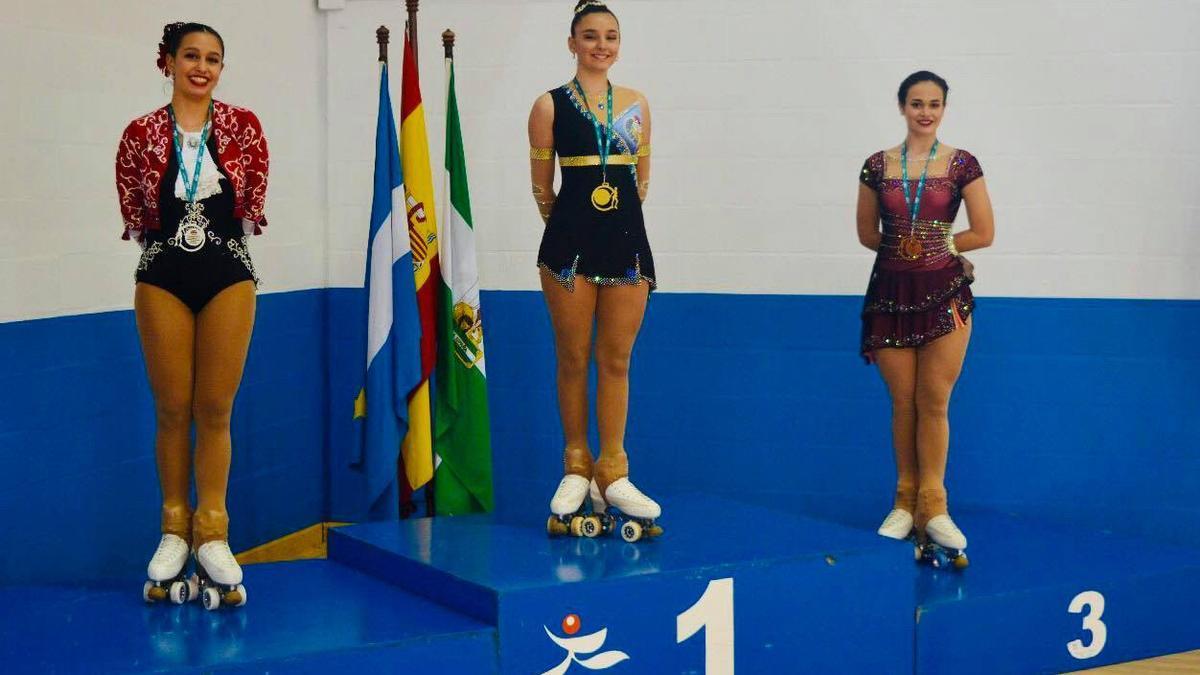 Yasmina Fuentes logra el oro en dos categorías.