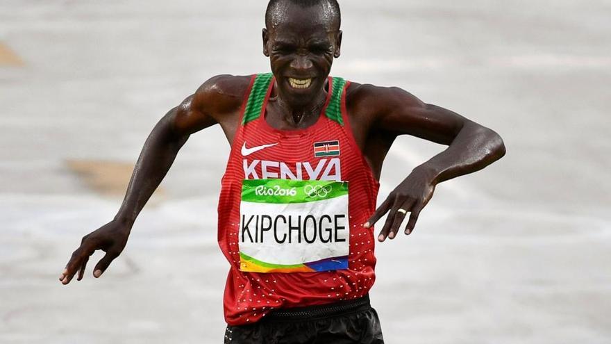 Kipchoge felicita al Maratón València pero ve prematuro planear el asalto al récord