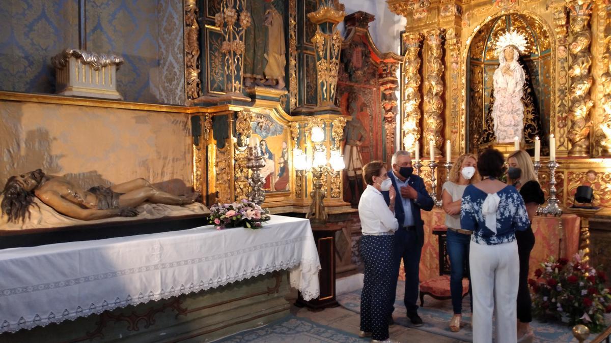 Joaquina Gil, José María Miñarro, Nines Mazuecos, Tana García y María García