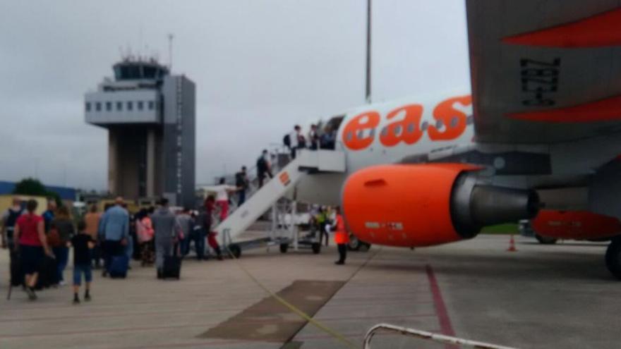 """EasyJet canceló los vuelos a Londres porque halló otras rutas con """"un rendimiento mejor"""""""