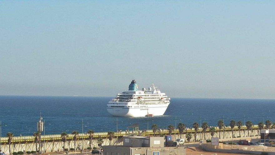 Torrevieja integra en un plan especial la zona de ocio y paseos del puerto