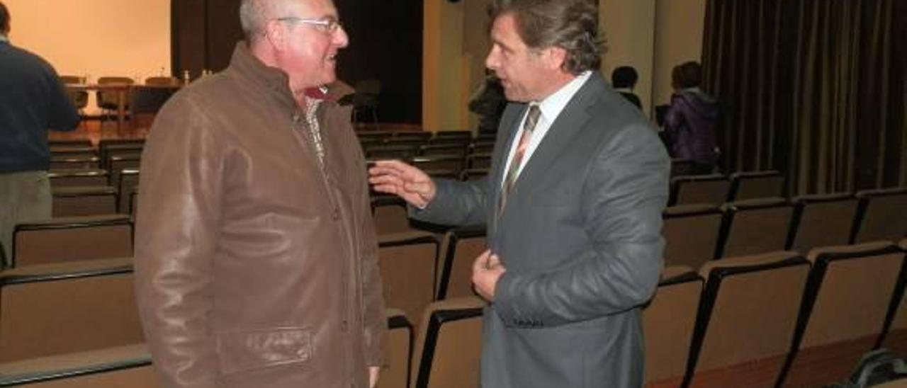 Ortolá se retira de la carrera para liderar la lista del PP en Sueca y se alinea con Ribera