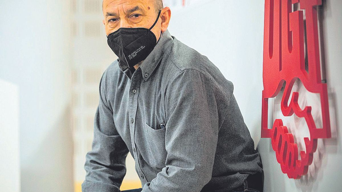 El recién reelegido líder de UGT Aragón, Daniel Alastuey, en el centro de formación Arsenio Jimeno del sindicato