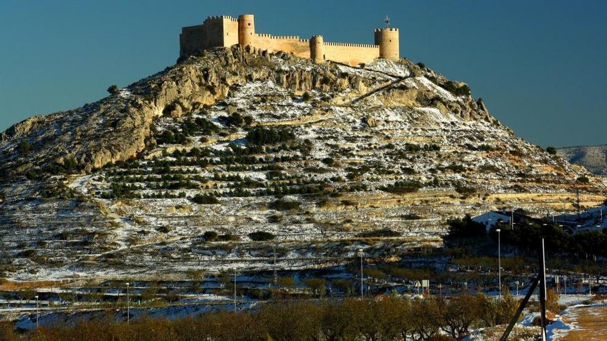 Ayuntamiento y empresarios de Castalla negocian la recepción del Polígono I