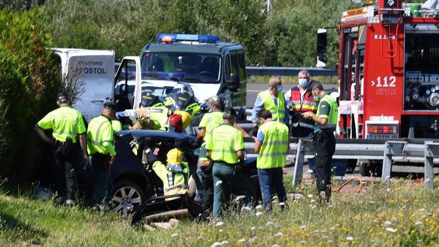 Fallecen en un accidente en Coruña una vecina de Figueras y su hijo de 19 años