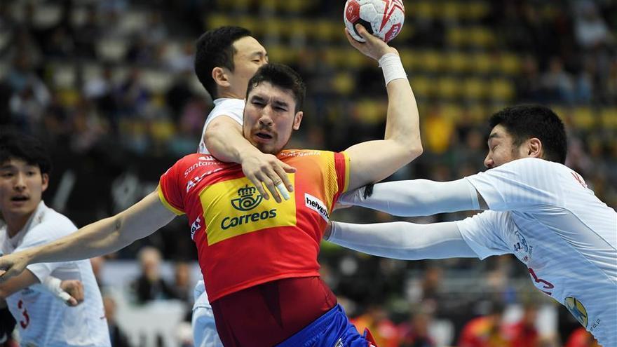 España se lleva un innecesario sofoco ante Japón (26-22)