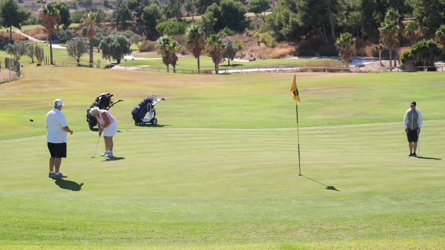 Los campos de golf de la provincia de Alicante reclaman ser considerados empresas turísticas para poder recibir ayudas de Bruselas