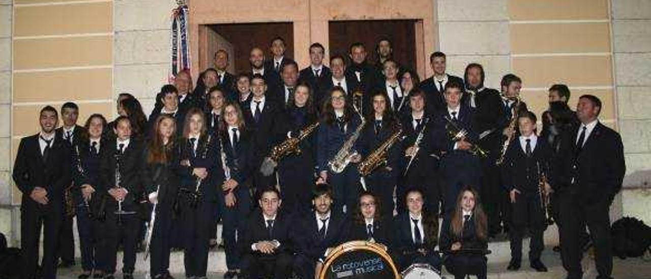 La Rotovense pone la primera piedra de su Casa de la Música