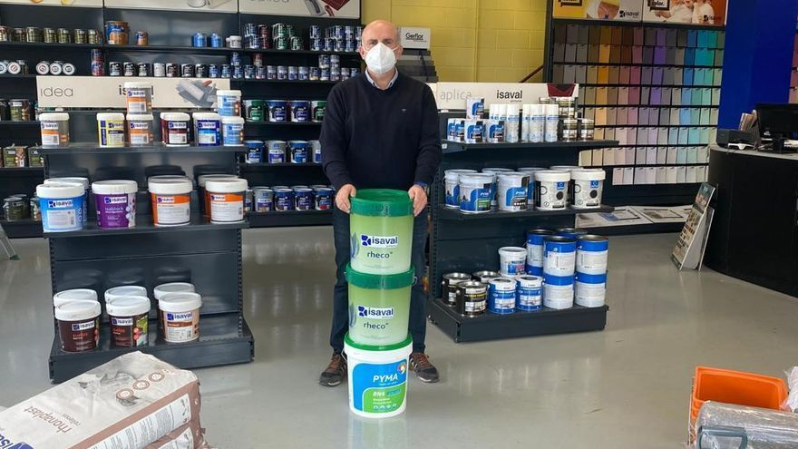 De la mà d'Isaval, Pintures Fontfreda distribueix els productes perquè tu pintis i treballis en verd