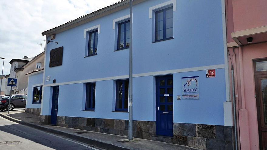 El Gobierno prevé ahorrar 300.000 euros en 4 años con la sociedad municipal Aqua Oleiros