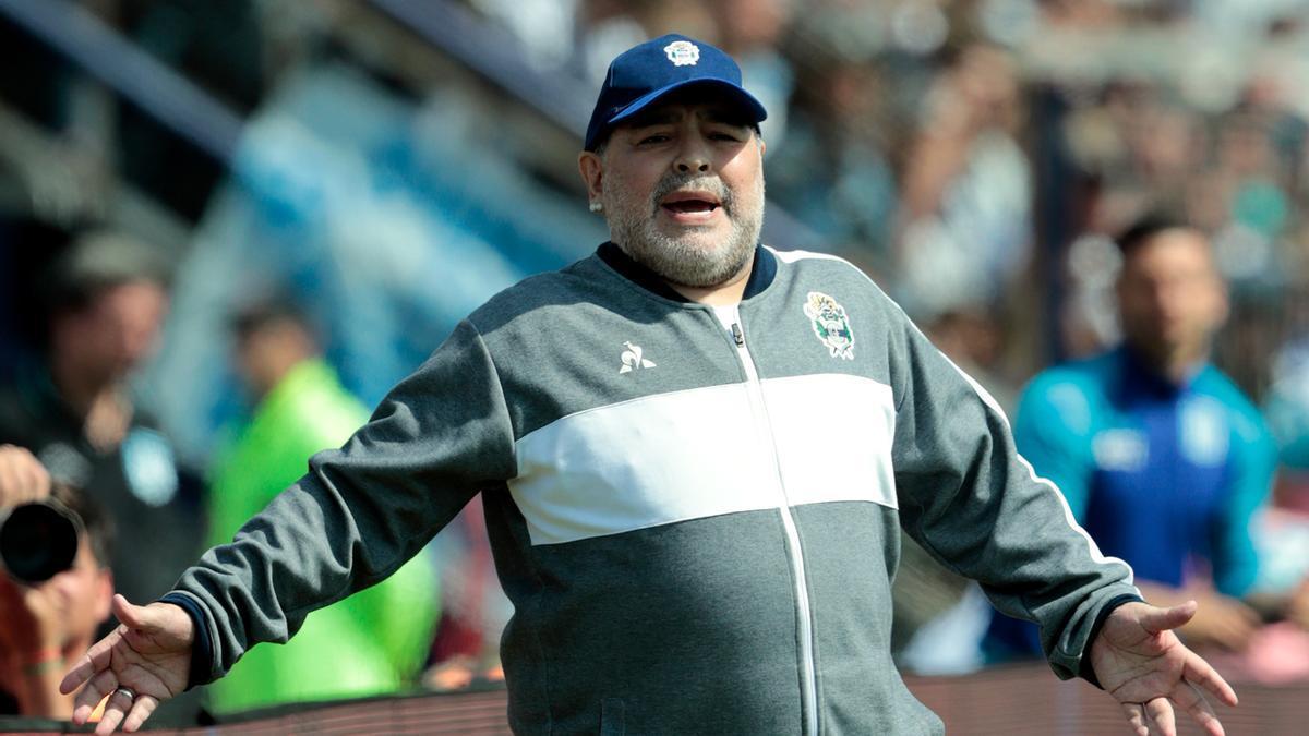 Diego Armando Maradona durante su etapa como entrenador de fútbol.