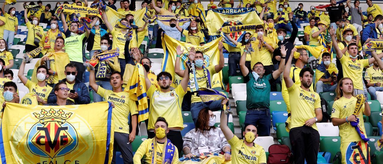 Así vivió la afición del Villarreal la Supercopa de Europa en Belfast