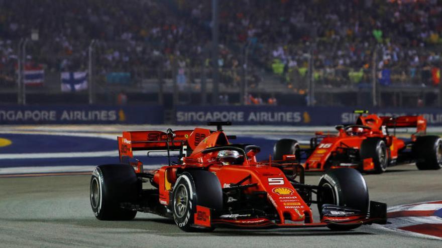 Vettel tanca la seva sequera a Singapur