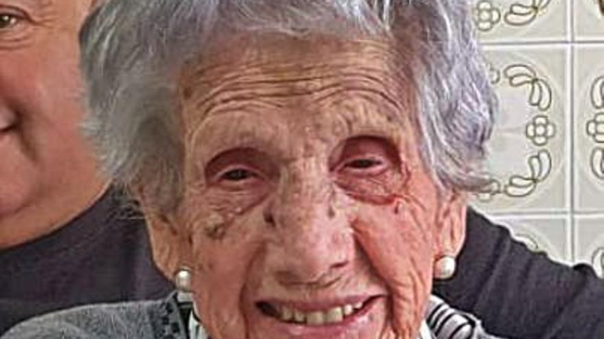 """Muere a los 106 años Matilde González, """"Tila"""", la optimista abuela de Castrillón"""