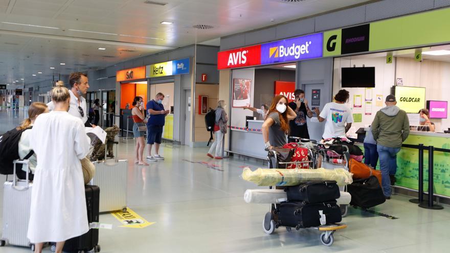 Detectados tres casos leves y controlados de covid de la cepa sudafricana en Ibiza