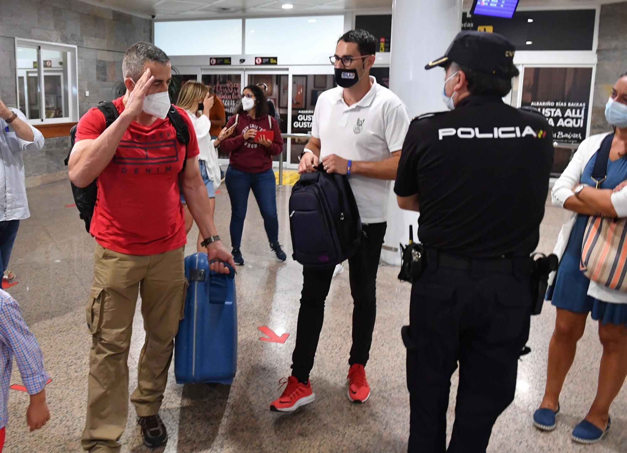 Caluroso recibimiento al policía gallego destinado en Kabul