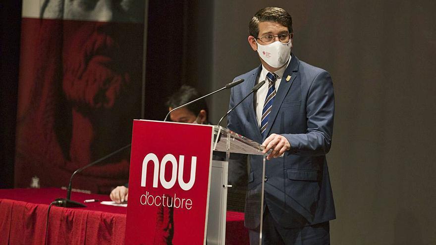 """Rodríguez: """"La pandemia no nos va a impedir reconocer a  los servicios públicos"""""""