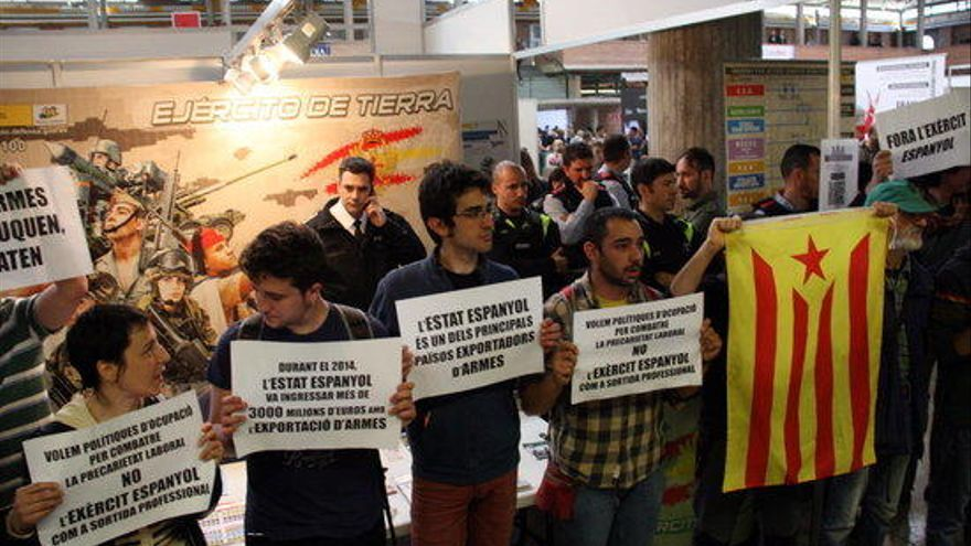 Defensa portarà Fira de Girona als tribunals si els fa anar sense uniforme a l'ExpoJove