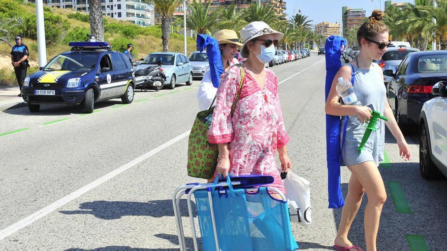 Multas a quienes estacionen por más de cuatro horas su coche en la zona verde de Arenales