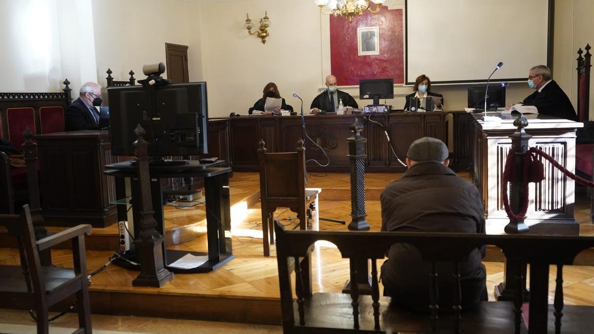Juicio contra el abuelo acusado de abusos sexuales a su nieta