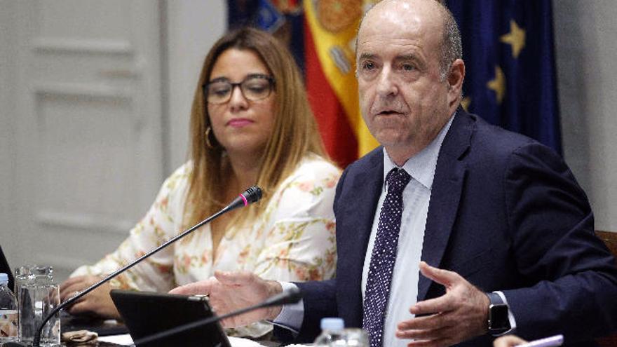 Ortega apuesta por construir la regasificadora de Granadilla