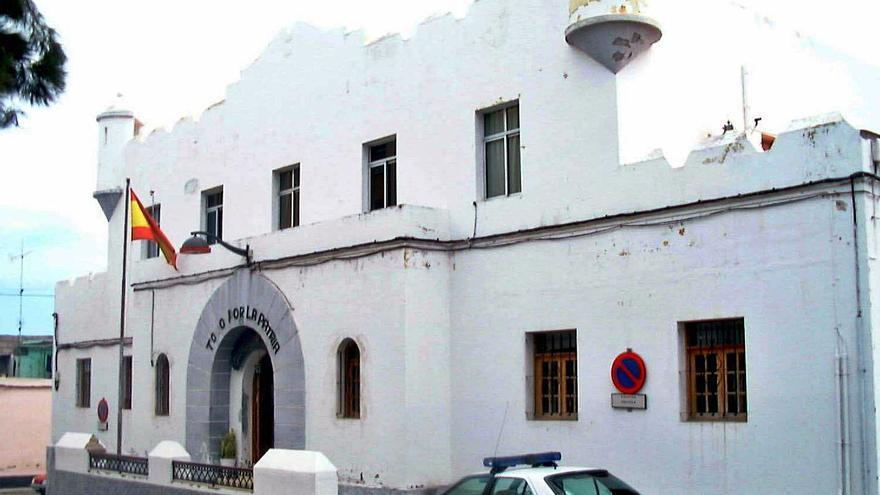 Seis denunciados por el robo de 15.000 euros en material escolar en Icod