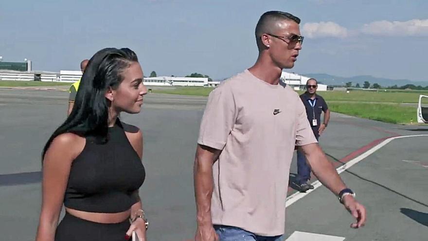 Cristiano Ronaldo, en Ibiza a bordo de su nuevo yate de cinco millones de euros