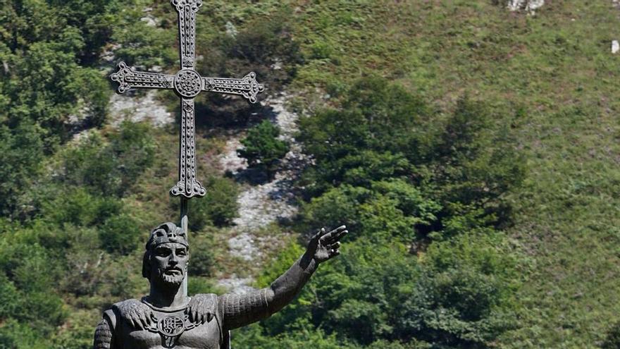 Don Pelayo da la batalla histórica 1.300 años después