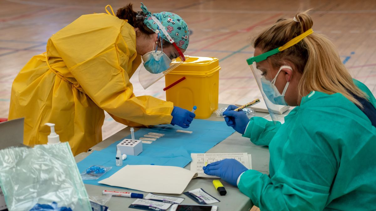 Pruebas de cribado de coronavirus en Andalucía en una imagen de archivo.