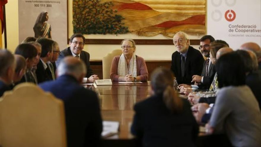 Cooperativas valencianas recaudan más de 50.000 euros para Anantapur