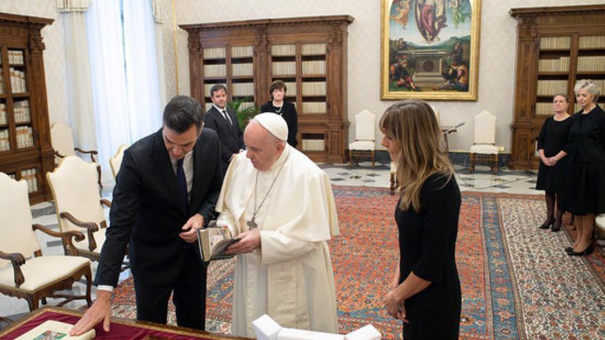 """El papa Francesc recomana abordar el diàleg si Espanya no està """"totalment reconciliada"""" amb la seva història"""