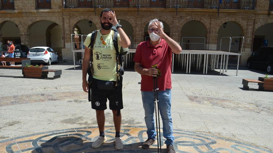 """""""Objetivo Santiago"""", el reto solidario de Pedro Hidalgo, recala en Benavente para dar visibilidad a las enfermedades raras"""