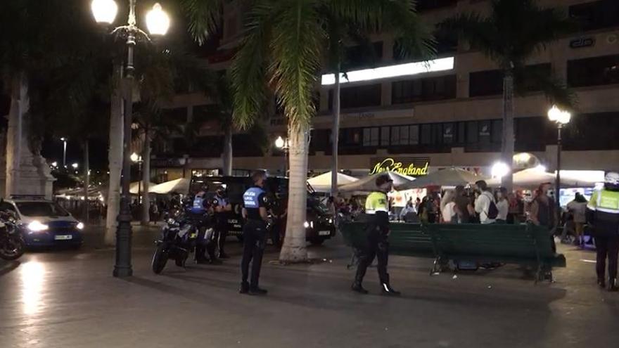 La Policía Local de Santa Cruz detiene a un negacionista al no ponerse la mascarilla