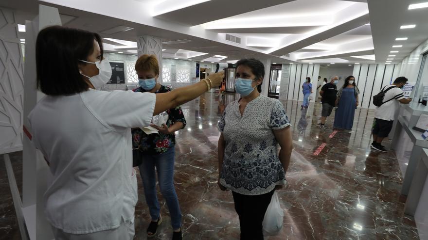 Dos fallecidos por coronavirus en la provincia, 203 nuevos contagios y 2 brotes en Novelda y Santa Pola
