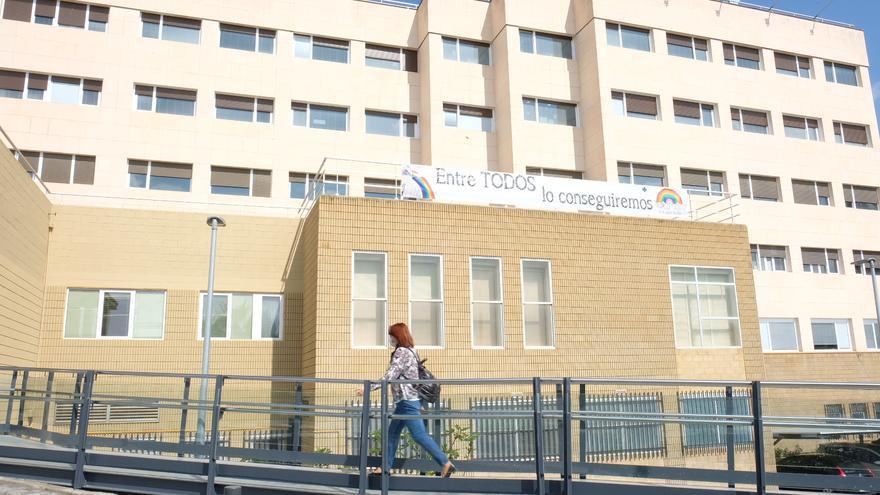 Fallece por coronavirus una mujer de 67 años en el Hospital de Elda