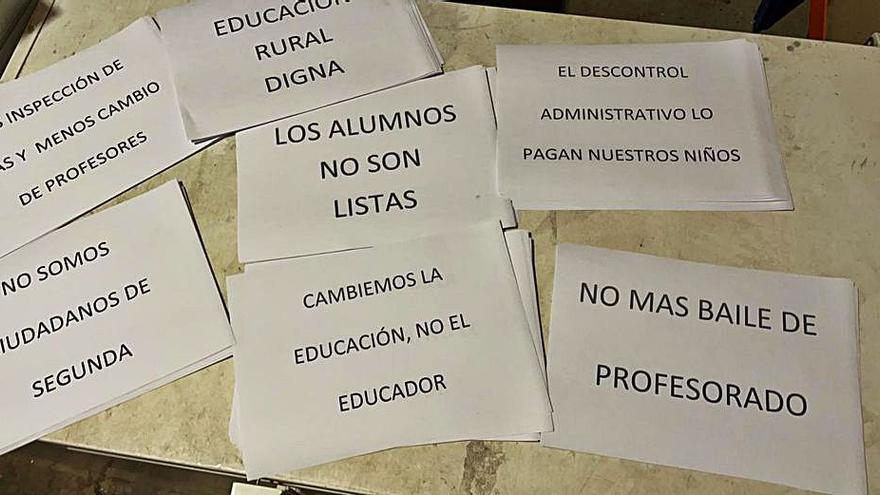"""Acto de protesta por una educación """"digna"""" en Santibáñez de Vidriales"""