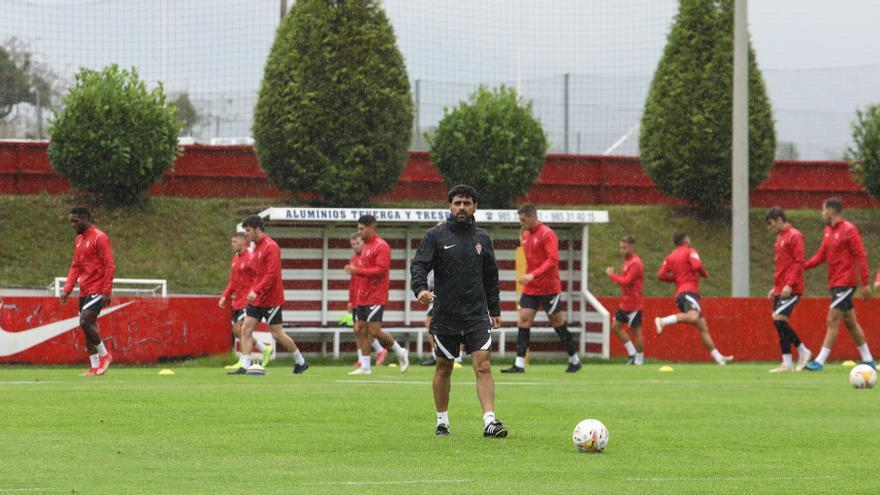 El Sporting, un líder con mucho futuro: es el sexto equipo más joven de Segunda (25,9 años)
