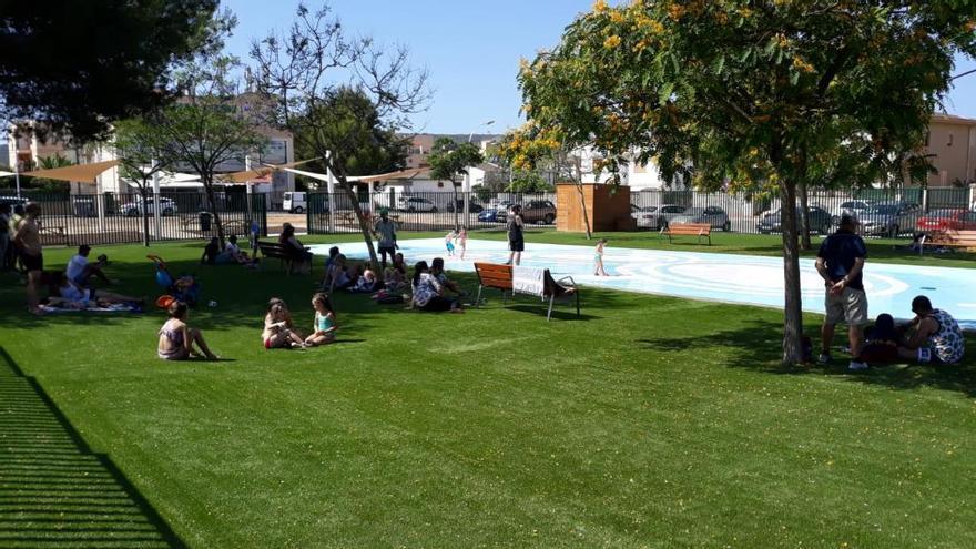 Son Ferrer estrena un nuevo parque con chorros de agua