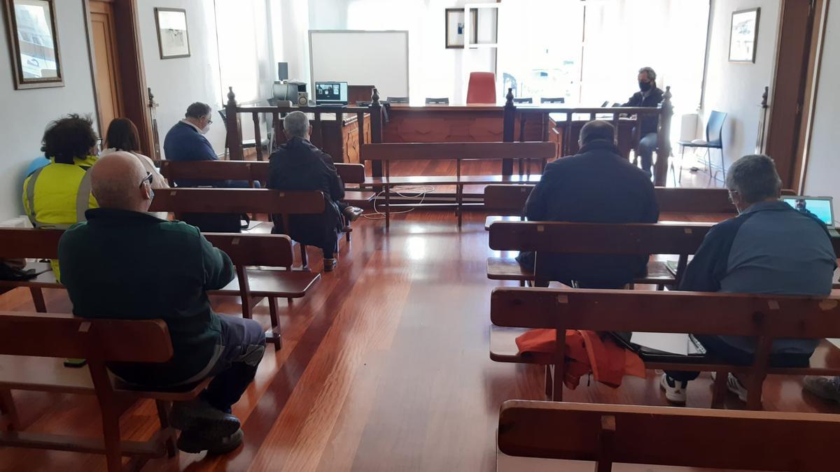 La última reunión entre gobierno y mesa de negociación por la RPT de Bueu.