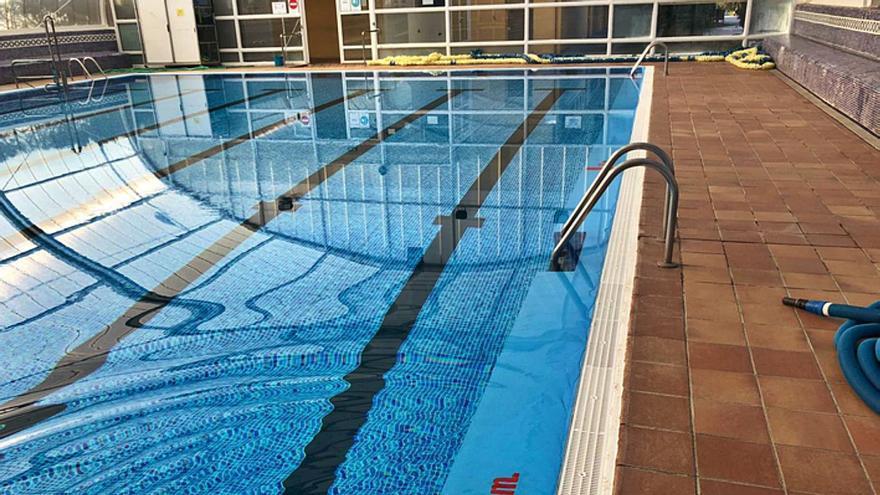 La piscina climatizada de Benavente abre con un límite de 32 bañistas en el vaso cubierto