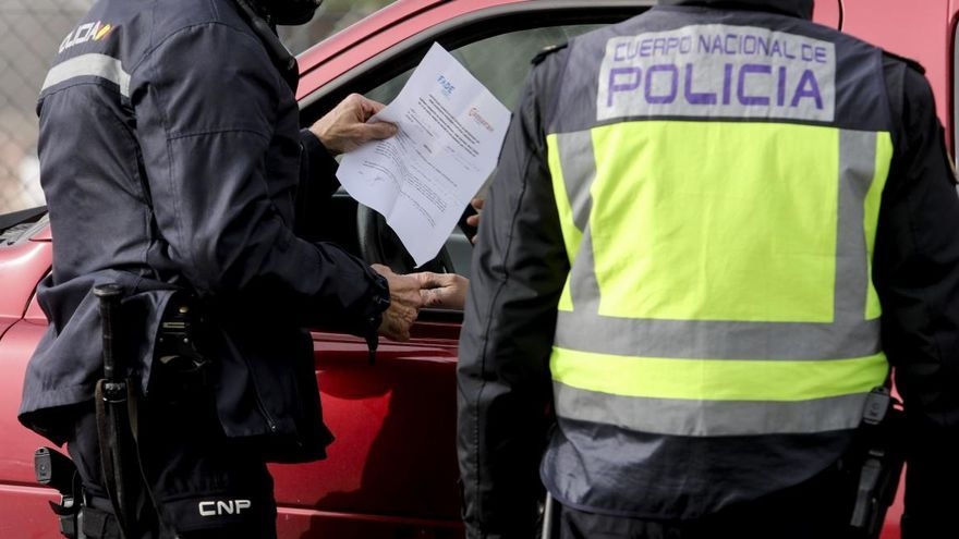 Detenido por intentar robar en una residencia, un bar y una peluquería en Gijón