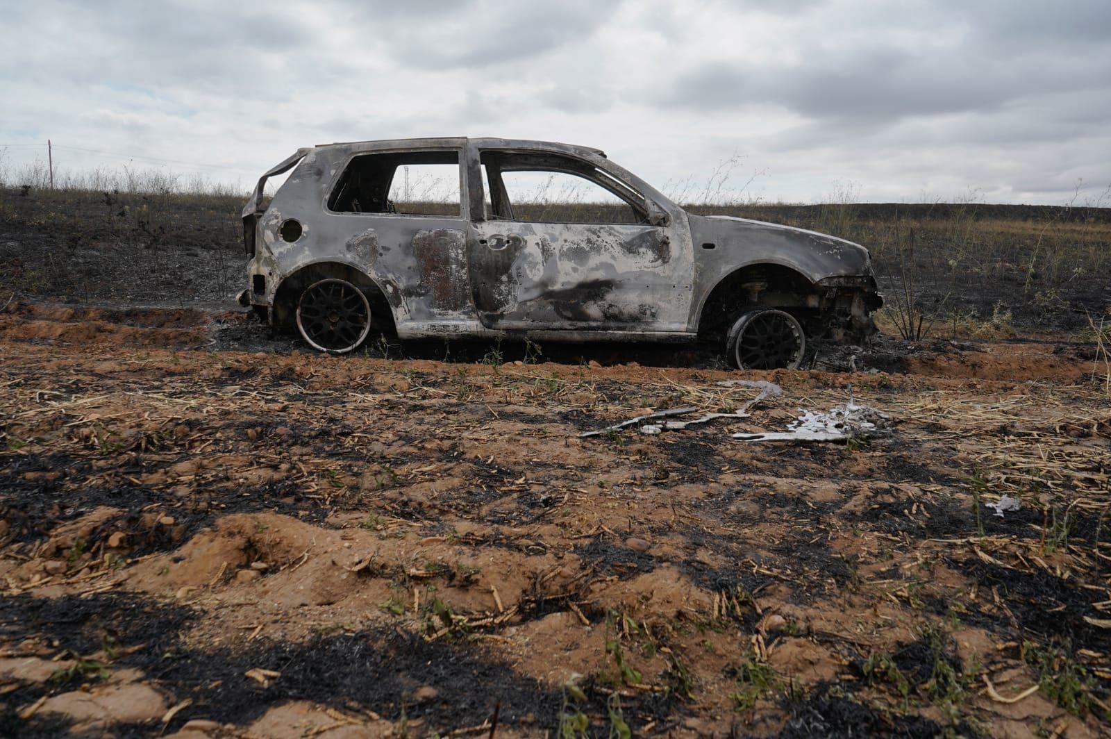 GALERÍA | Así ha quedado la zona tras el incendio en la carretera de La Hiniesta
