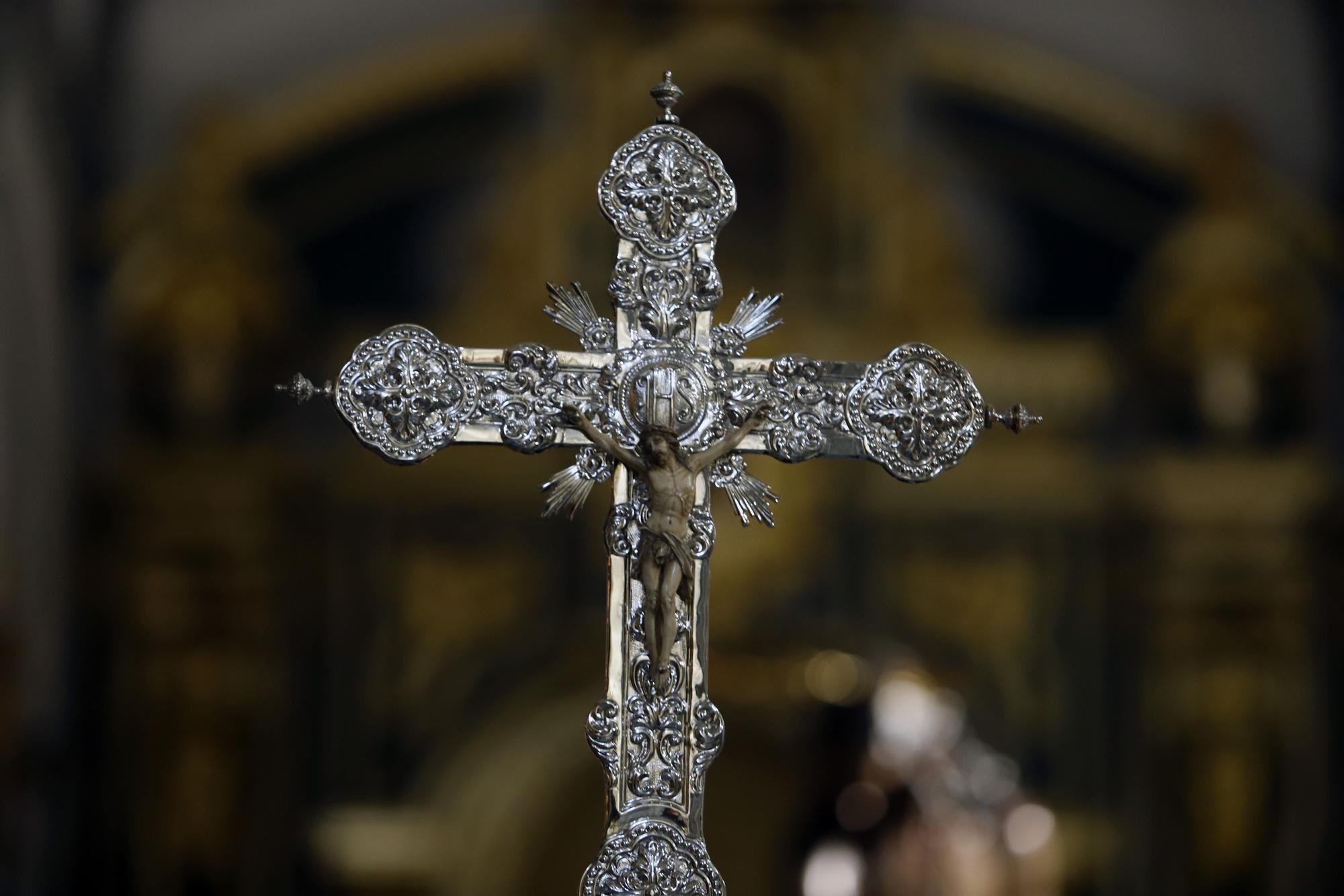 Vía Crucis de Gitanos en la iglesia de San Juan