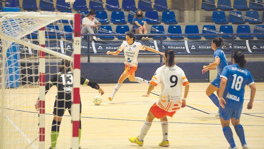 La UA vapulea al Xaloc Alacant en el derbi (0-7)