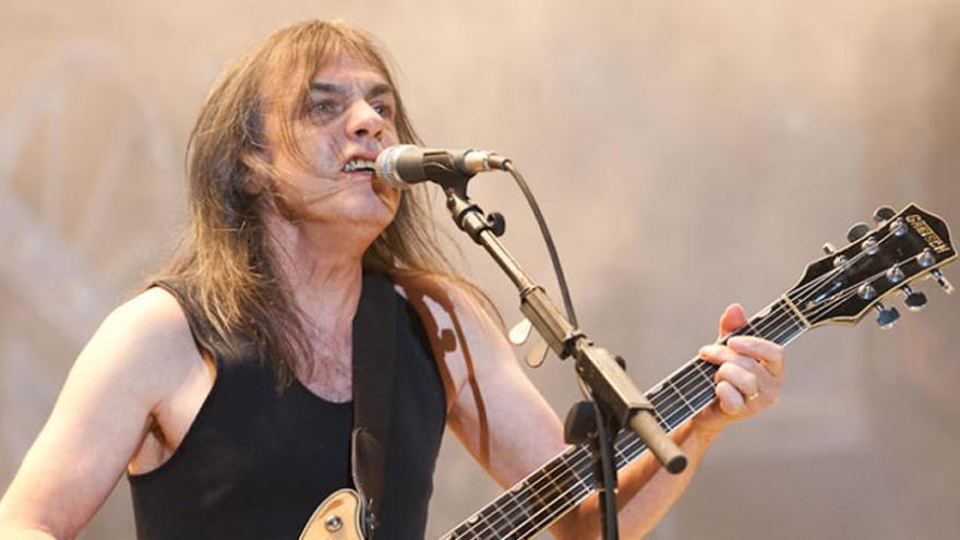 """Muere Malcolm Young, guitarrista, cofundador y """"fuerza motora"""" de AC/DC"""